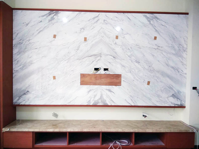 銀狐電視牆