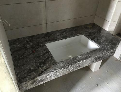 軍福路 – 灰網石浴缸、灰網石檯面、印度黑檯面
