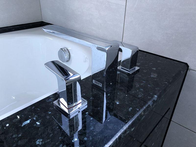 黑珍珠浴缸
